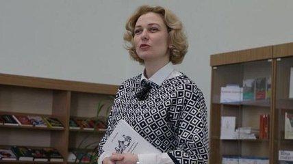 Кабмин уволил Монахову с должности уполномоченной по защите госязыка