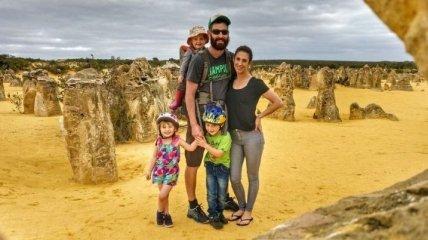 Многодетная семья продала свой дом и уже второй год путешествует миром (Фото)