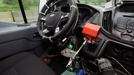 Ford Transit с автопилотом (Видео)