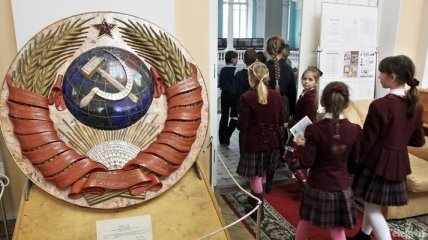 Опрос о том, кто сожалеет о распаде СССР
