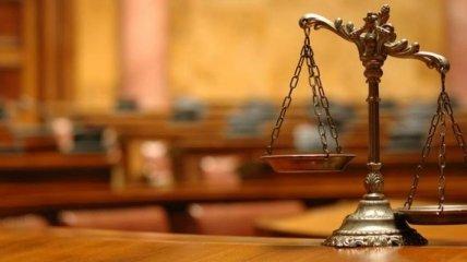 Дело задержанного на взятке следователя ГУ ГФС направлено в суд