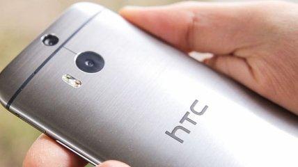 Компания HTC намерена вернуть двойную камеру своим смартфонам