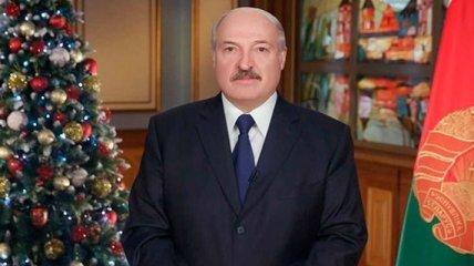 Лукашенко отправил Порошенко новогоднее поздравление