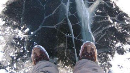 В Харькове три человека на реке провалились под лед