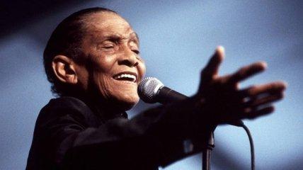 Умер известный джазовый певец