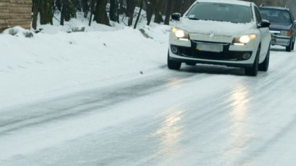 ГАИ предупреждает водителей о сильном гололеде