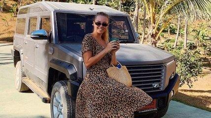 """""""Как быть такой худенькой?"""": Жена Николая Тищенко поделилась стройной фигурой в Instagram"""