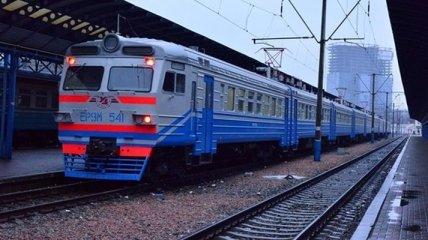 К 8 марта Укрзализныця назначила дополнительные поезда