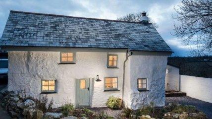 Супруги превратили невзрачный 300-летний дом в современное поместье (Фото)