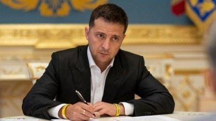 Зеленский заменил указ Порошенко о президентских советниках: что изменилось