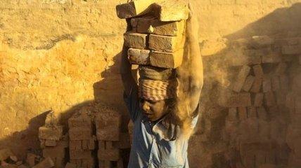 Эксплуатация детского труда в Непале (Фото)