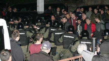 Сербские оппозиционеры ворвались в здание крупнейшей телекомпании страны