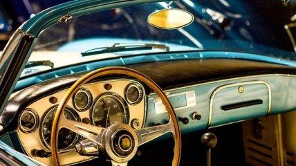 А я сяду в кабриолет: самые красивые классические авто 40-70-х годов (Фото)