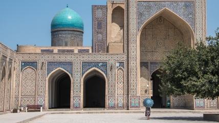 Узбекистан - очень колоритное место с удивительной архитектурой