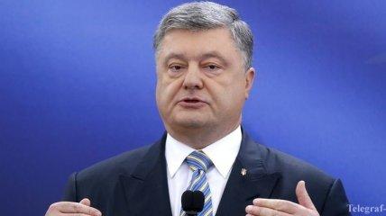 Порошенко сказал, когда отменят запрет российских соцсетей и сервисов