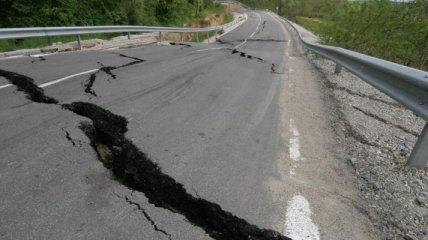 В Китае произошло мощное землетрясение: по меньшей мере пятеро пострадавших