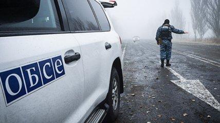 """""""Обложились"""" танками и закрыли КПВВ: боевики устроили новую провокацию на Донбассе"""