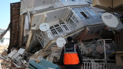 Землетрясение в Турции: количество жертв увеличилось