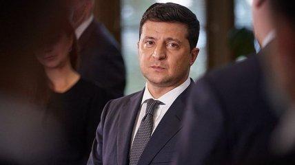 Зеленский в крайне сложной ситуации: политологи оценили шансы импичмента президента в Украине