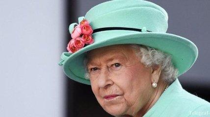 Королева в печали: умер последний корги Елизаветы II