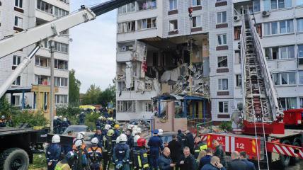 В России взрыв уничтожил квартиры со второго по четвертый этаж