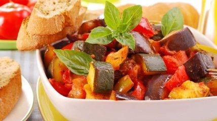 Рецепт дня: диетическое рагу из индейки и овощей