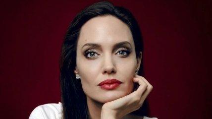 Анджеліна Джолі створить курс з медіаграмотності