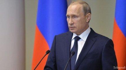 Эксперт: Путин нарушил Конституцию РФ, отправив военных на Донбасс