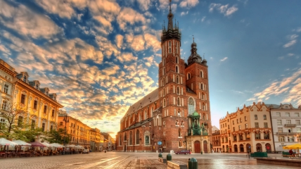 Краков - один из популярных туристических городов Польши.
