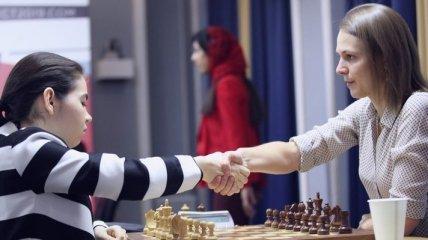 Сестры Музычук сыграли вничью и идут третьими на турнире претенденток