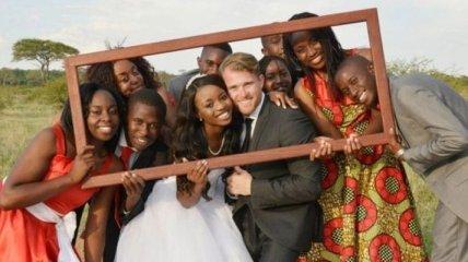 Удивительная свадьба в Африке: история любви межрасовой пары (Фото)