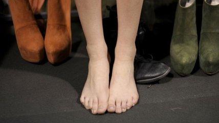 Чем опасны угги, балетки и обувь на шпильках?