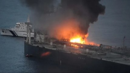 В сирийском порту близ военной базы РФ прогремел мощный взрыв (видео)