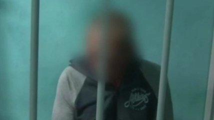 Ничего не помнит: появилось видео допроса екатеринбургского стрелка