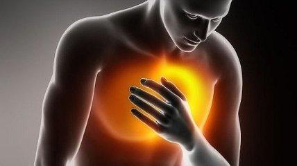 Врачи назвали блюда, которые нельзя употреблять людям с болезнями сердца