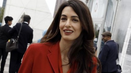 Просто и стильно: Амаль Клуни на заседании Совбеза ООН