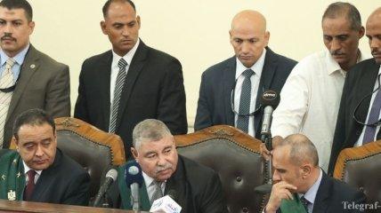 Суд в Каире приговорил 75 человек к смертной казни