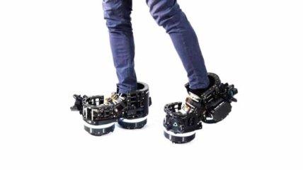 """Взгляните на роботизированную обувь Ekto One: она позволяет """"прогуляться"""" в VR (Фото, Видео)"""