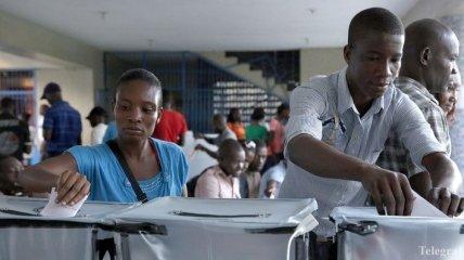 На Гаити завершились президентские и парламентские выборы
