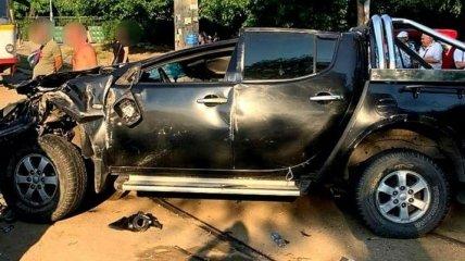 В Одессе автомобиль перевернулся на ходу и полетел на группу пешеходов: видео момента аварии и фото последствий