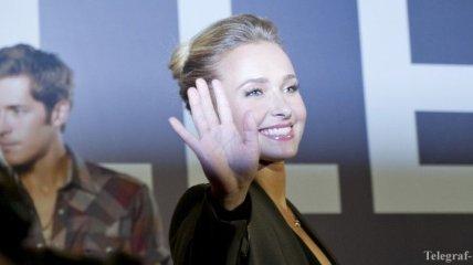 Из глаз долой: Хейден Панеттьери запретила бывшему приближаться к ней