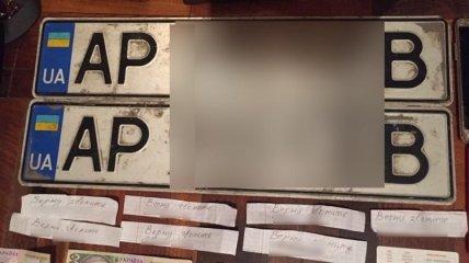 В Запорожье задержали вора автомобильных номеров (Видео)