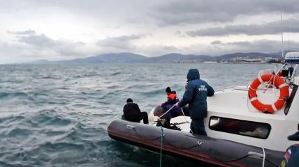 Спасательную операцию в Мурманской области усложнили шторм и ветер