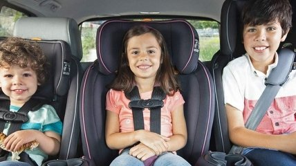 Як збільшити шанси дитини вижити в автокатастрофі? Поради доктора Комаровського