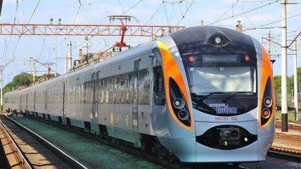 Дополнительный поезд: Как будет проходить эвакуация украинцев из Польши