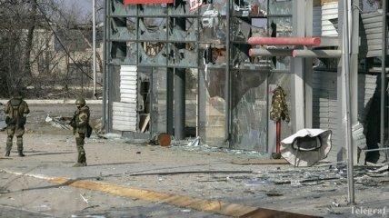 Боевики расстреляли медицинский военный автомобиль: есть погибший