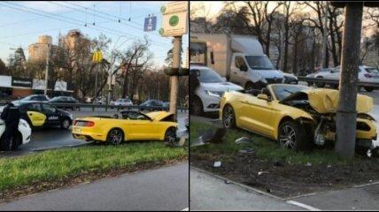 В Киеве разбили взятый в аренду кабриолет: фото до и после