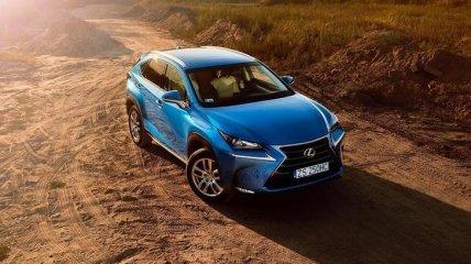 Появились изображения нового минивэна Lexus (Фото)